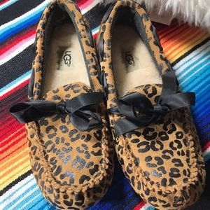 UGG animal print slippers - NWT